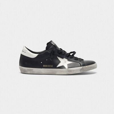 Sneakers Superstar nere in pelle con stella bianca