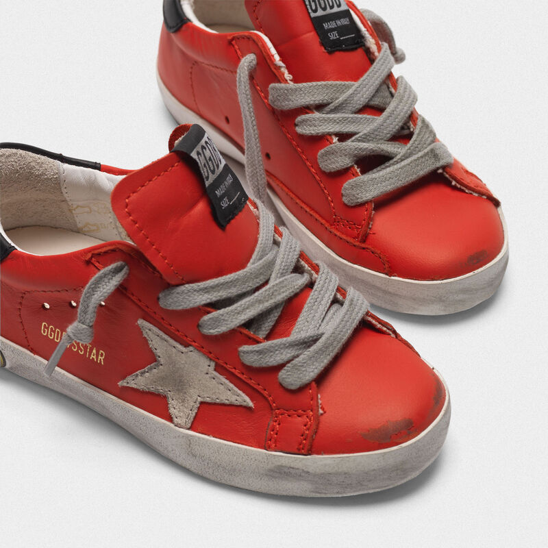 Golden Goose - Sneakers Superstar in pelle rosso ciliegia in  image number null