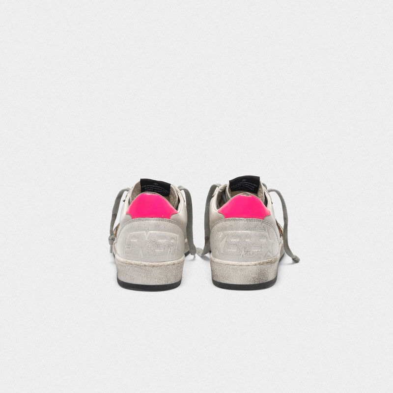 Golden Goose - Sneakers Ball Star bianche in pelle con stella leopardata in  image number null