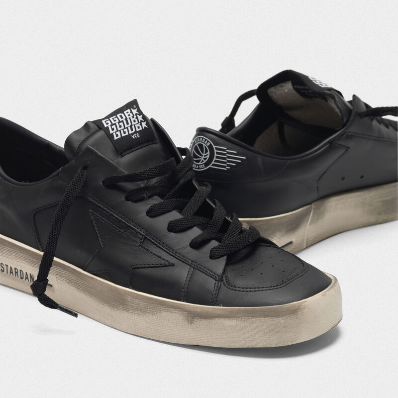 Golden Goose - Sneakers Stardan in pelle total black trattamento vintage in  image number null