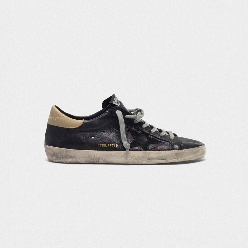 Golden Goose - Sneakers Superstar nere con talloncino nude in  image number null