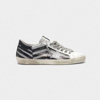 Sneakers Superstar con tape flag termosaldato