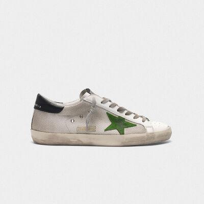 Sneakers Superstar in pelle e mesh con stella verde