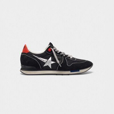 Running sneakers in black suede with contrast star