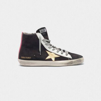 Sneakers Francy scamosciate con stella dorata e inserto fuxia sul retro