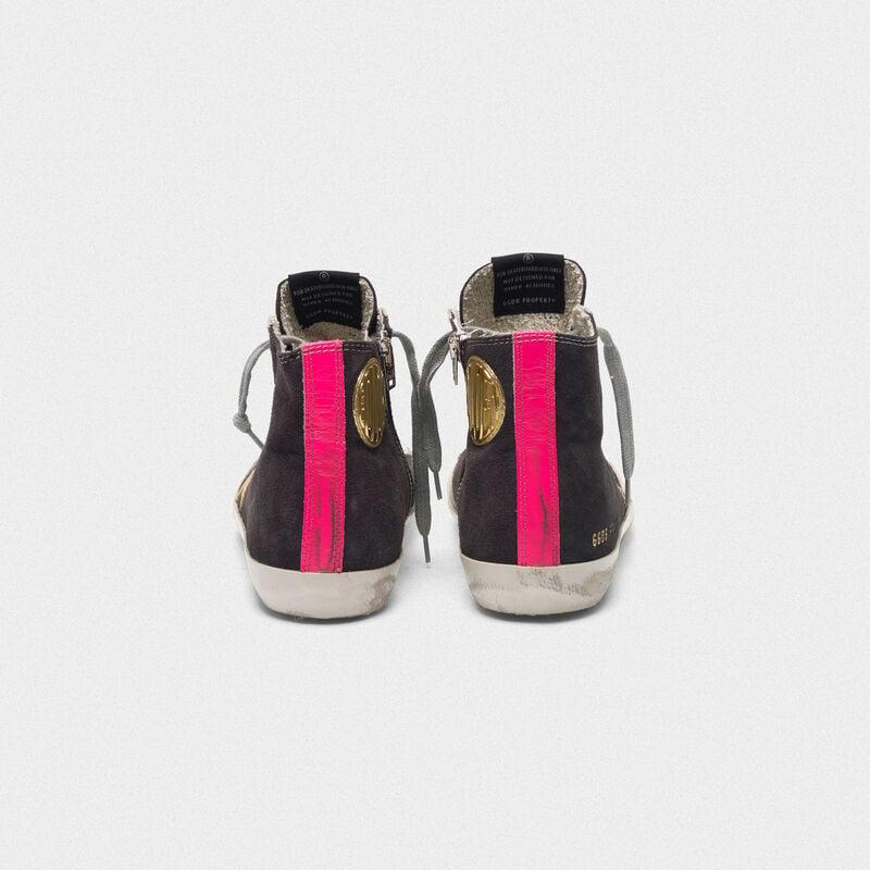 Golden Goose - Sneakers Francy scamosciate con stella dorata e inserto fuxia sul retro in  image number null