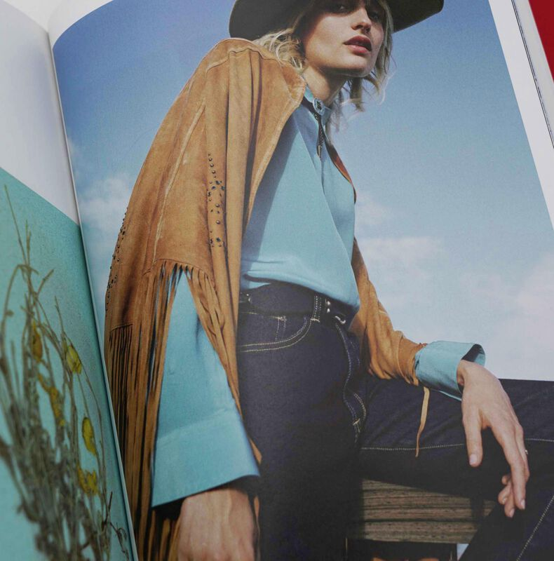 Golden Goose - TRAVEL GUIDE Texas Issue 2 in  image number null
