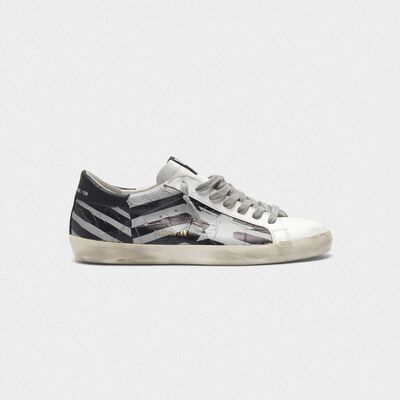 Sneakers Superstar con tape flag termosaldato