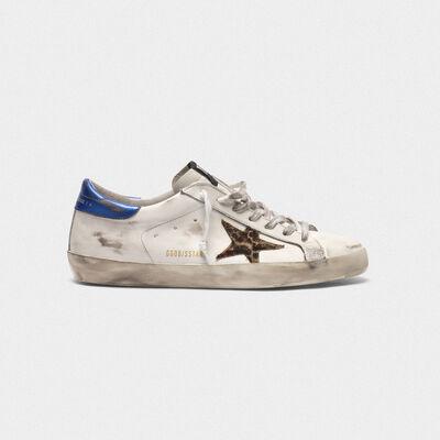 Sneakers Superstar con stella leopardata e talloncino blu