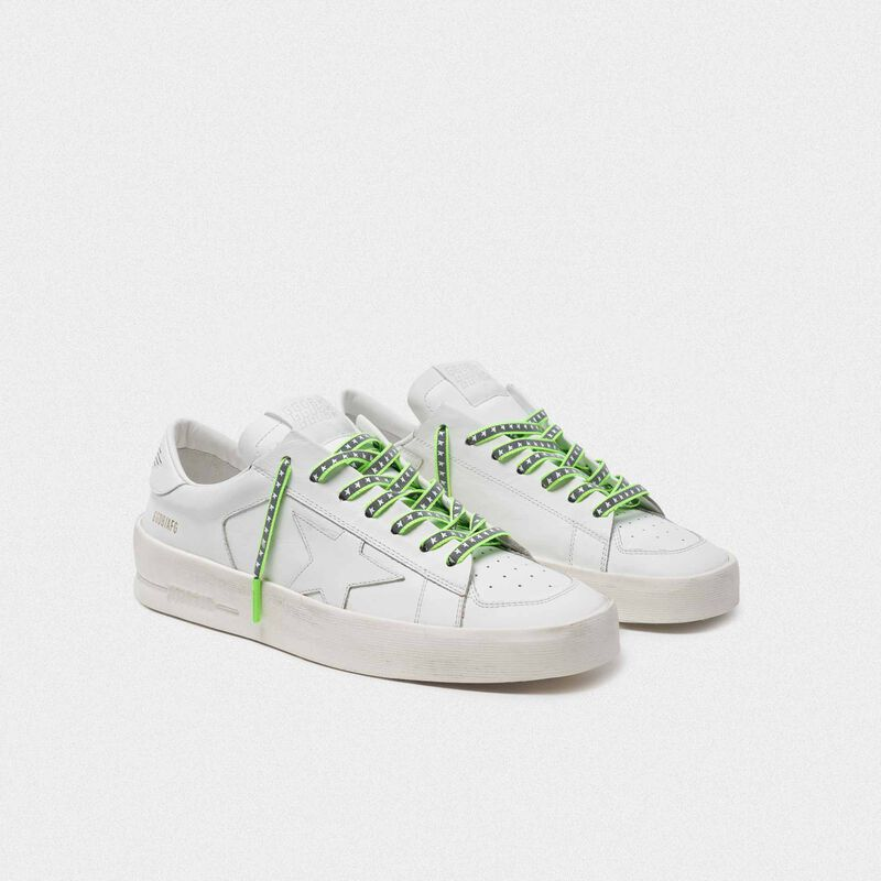 Golden Goose - Lacci donna riflettenti verde fluo con stelle   in  image number null